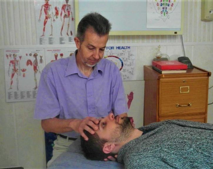 Cabinet ostéopathie test mobilité crânienne
